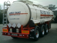Isolierte Tanksattelauflieger